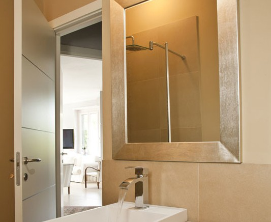 contemporary-bathroom-mirrors
